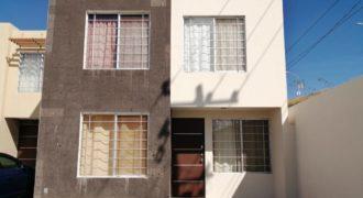 01292 SE VENDE CASA EN VILLA DE BONATERRA, AGS.