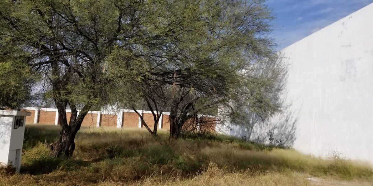 01622 SE VENDE TERRENO AL NORTE DE LA CIUDAD EN RESIDENCIAL ALTARIA.