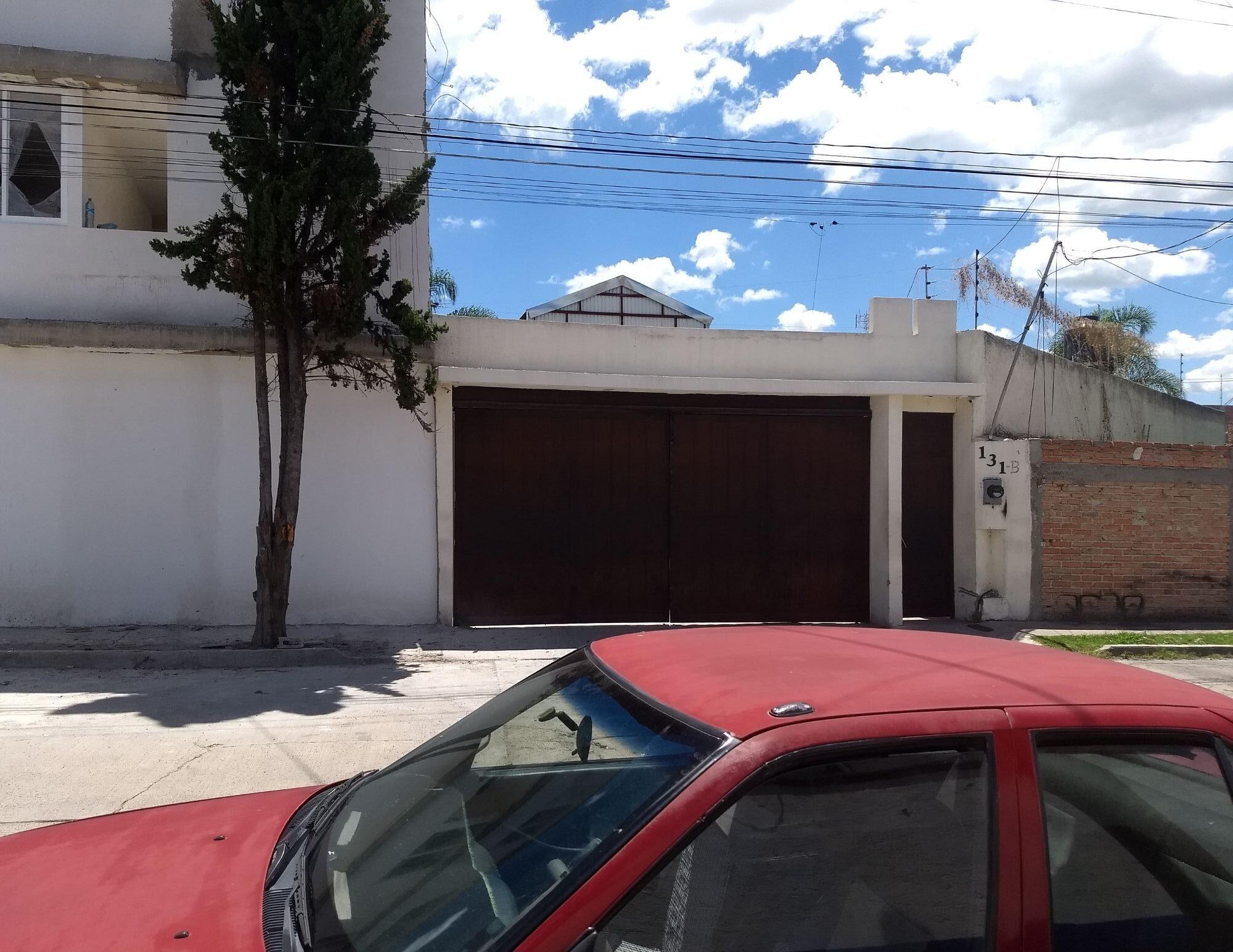 01659 SE VENDE CASA EN ADJUDICACION EN FRACCIONAMEINTO EL DORADO, NO SE ACEPTAN CRÉDITOS,EXCLUSIVO CONTADO.
